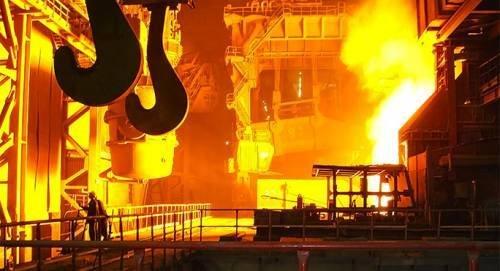 Президент РФ рассказал о социальной ответственности бизнеса на примере Магнитогорского металлургического комбината