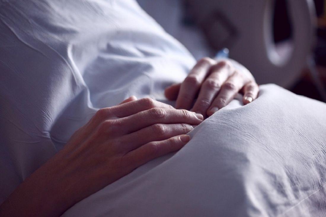 Женщина, на которую в Бессоновском районе наехала иномарка, умерла в больнице