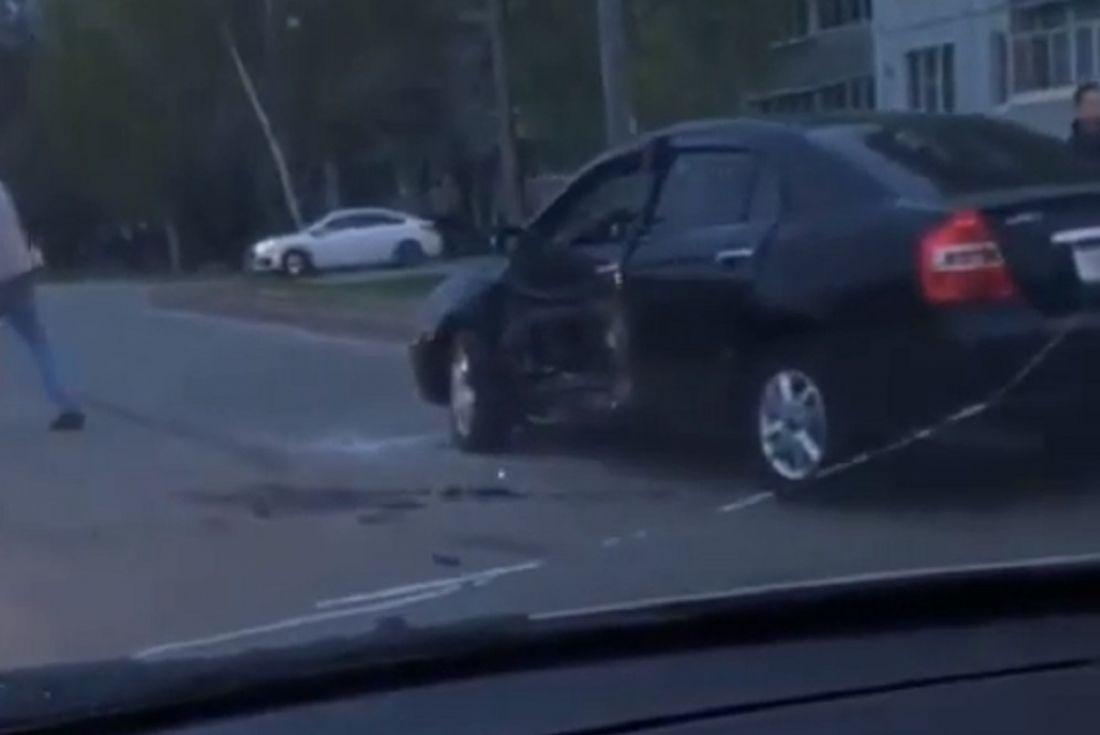 Появилось видео с места жесткого ДТП на пензенском перекрестке